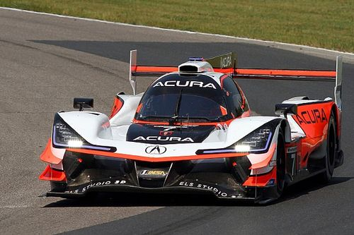 CTMP IMSA: Castroneves quickest, PMR Lamborghini crashes