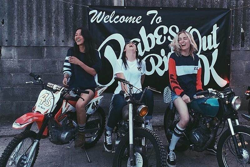 Girls on Bike/VC London: Frauen am Start des Red Bull Alpenbrevet!