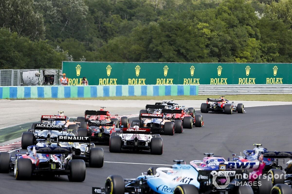 "F1否认与潜在新车队就2021年参赛进行""严肃的商谈"""