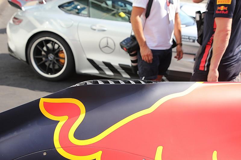 Red Bull: c'è una ciminiera per far respirare l'Honda