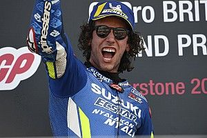 """Rins, vainqueur d'une course """"folle"""" très importante pour Suzuki"""