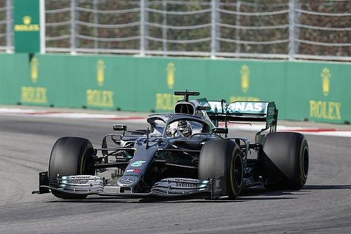 フェラーリを追うには、予選のように走らなければいけなかった……ハミルトン語る