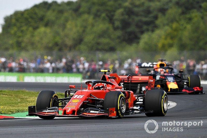 Пилоты Ferrari стали лучшими по итогам субботней тренировки в Сильверстоуне