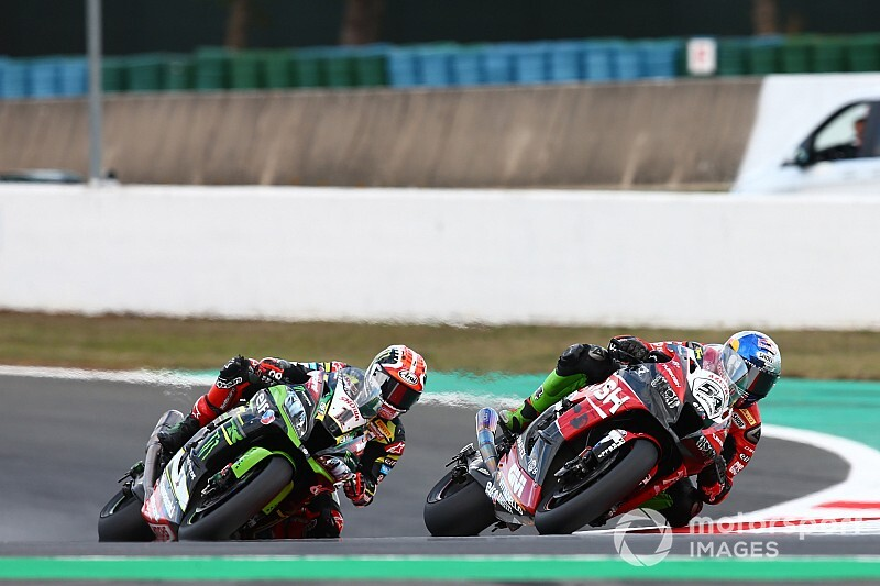 Magny-Cours WSBK: Razgatlioglu beats Rea for second win