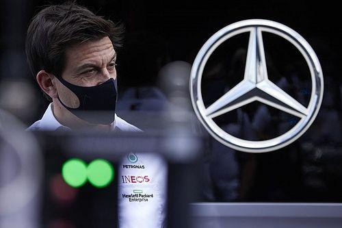 «Странный шум». В Mercedes впервые объяснили поломки моторов