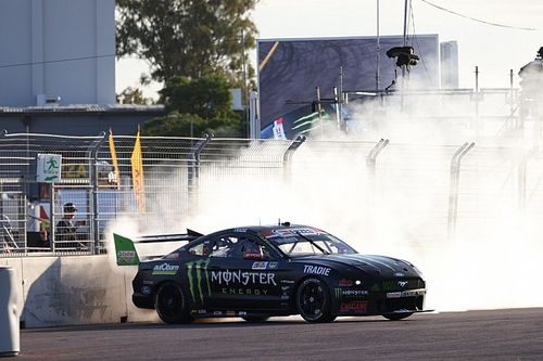 Townsville Supercars: Waters holds off van Gisbergen in finale
