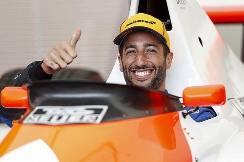 FOTO'S: Ricciardo in actie met Senna's McLaren MP4/5B