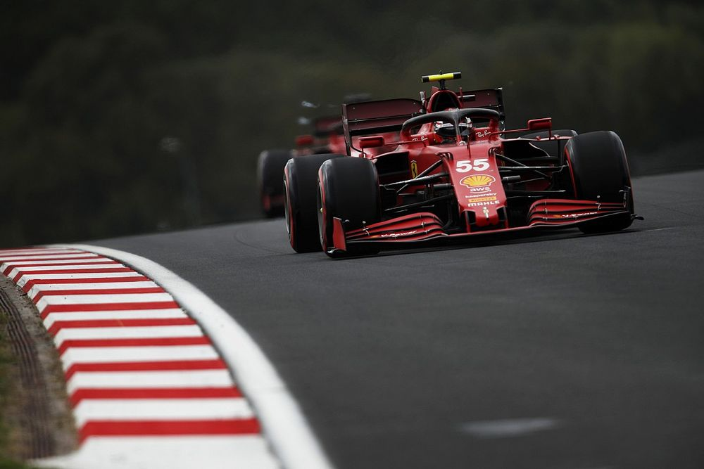 Sainz, Ferrari'nin Türkiye'deki güçlü formuna rağmen grid cezası kararını destekliyor
