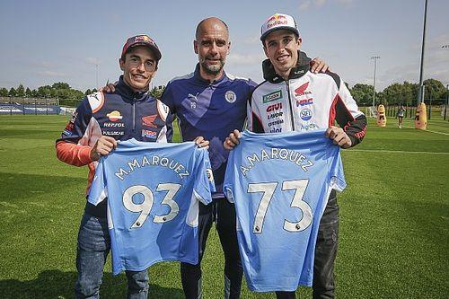 Los hermanos Márquez se cuelan en el entrenamiento del Manchester City de Guardiola