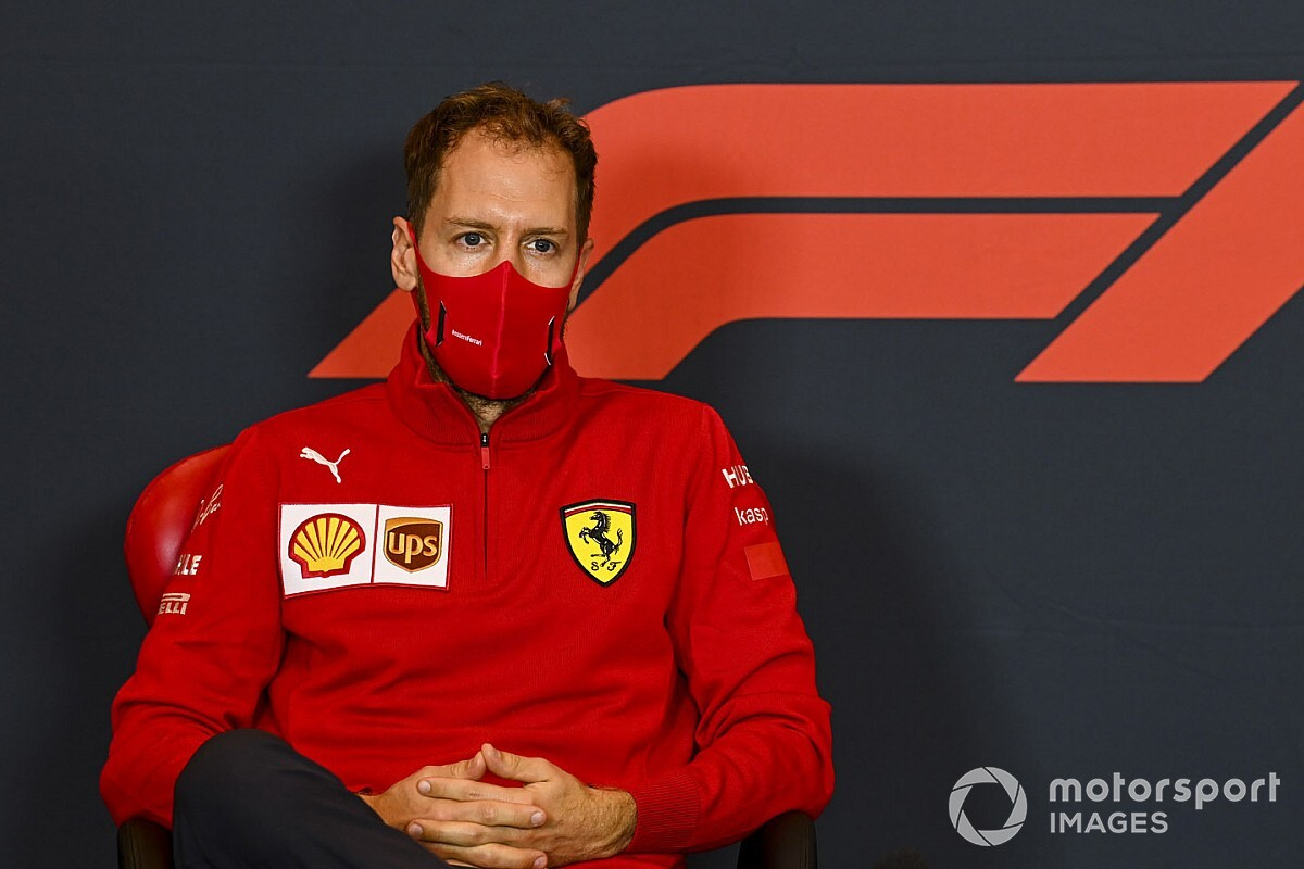 """Marko, 2021'de """"gerçek"""" Vettel'i görmeyi bekliyor"""
