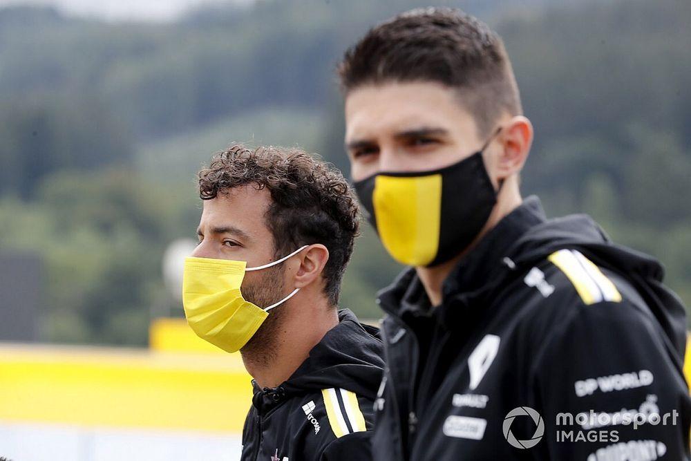 """Ricciardo blij met jonge teamgenoten: """"Dwingt mij om te groeien"""""""