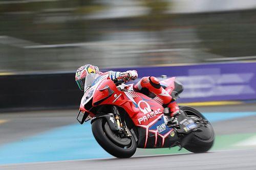 Miller excelleert op opdrogende baan in Le Mans en topt vrijdag