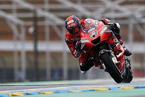 MotoGP, Le Mans: Petrucci torna a vincere sotto alla pioggia