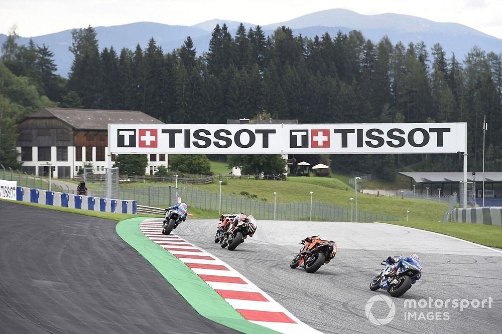 Los pilotos de MotoGP piden más consistencia de los comisarios