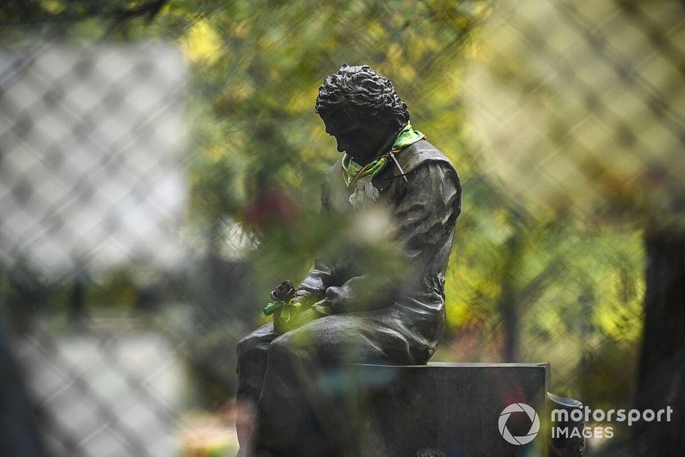 Fotos: el recuerdo de Ayrton Senna y Ratzenberger en Imola