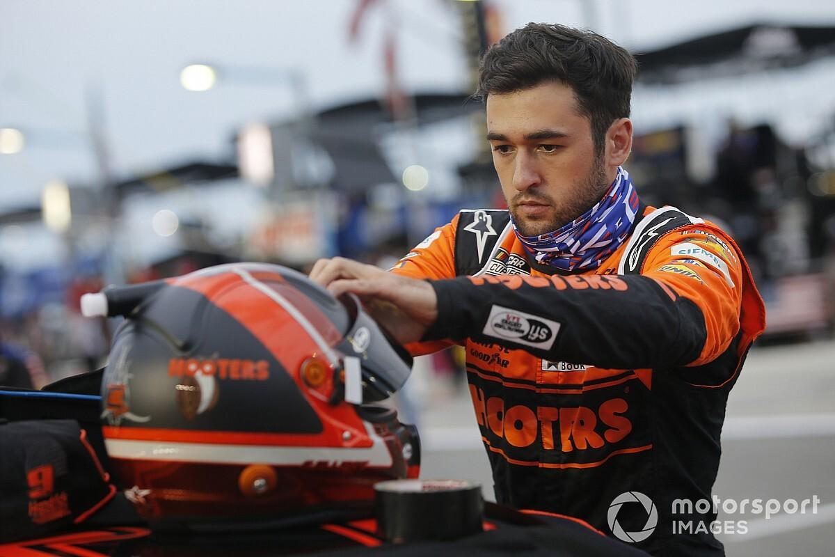 Elliott na pole position