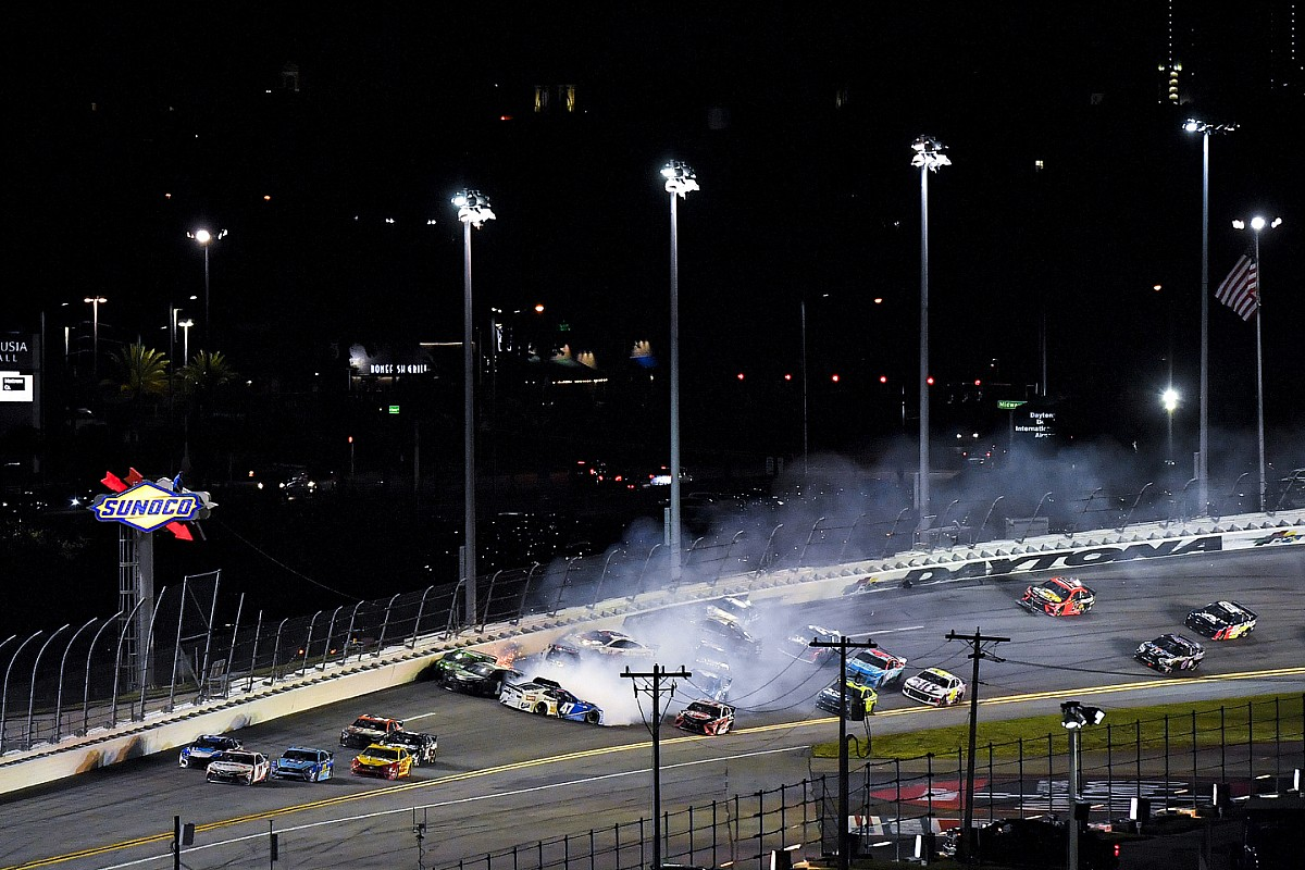 Video: Newman says Reddick 'just ran out of talent' in late wreck