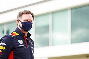 "Horner: ""Mercedes'i tek pilotla yenmemiz imkansız"""