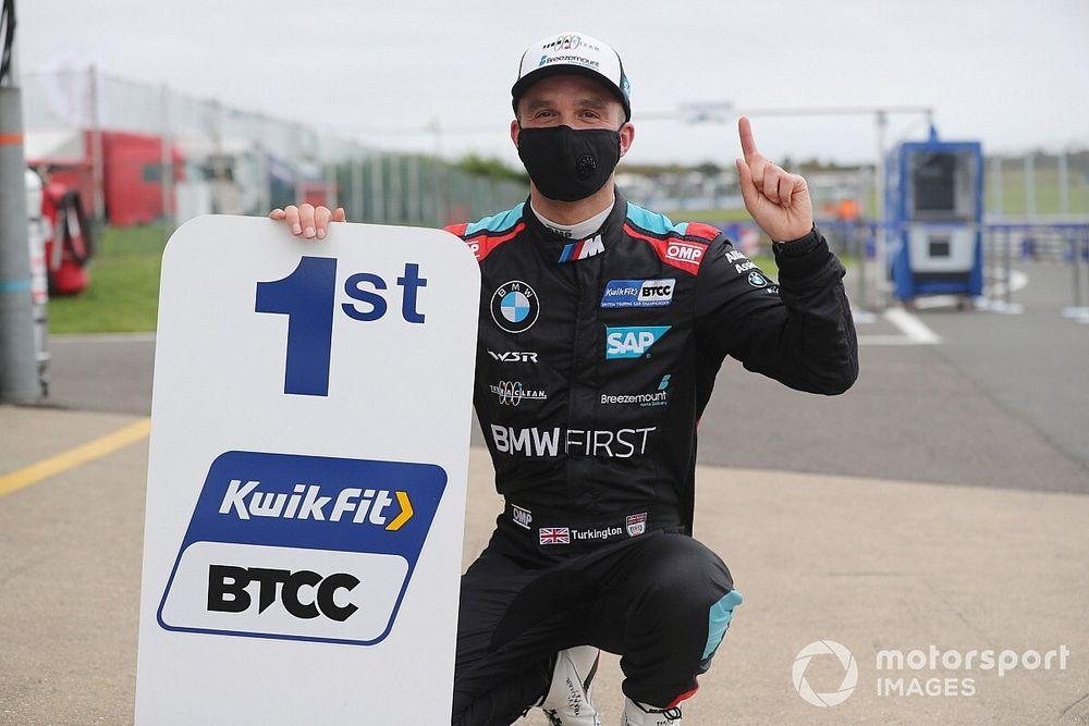 Snetterton BTCC: Turkington grabs last-lap pole from Hill