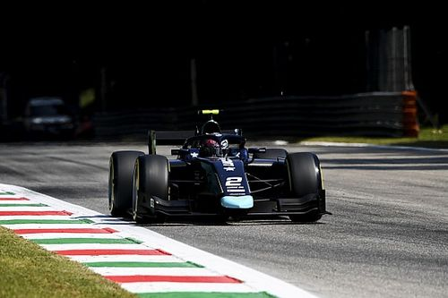 F2, Monza: Ticktum domina la Sprint Race, Ilott torna leader