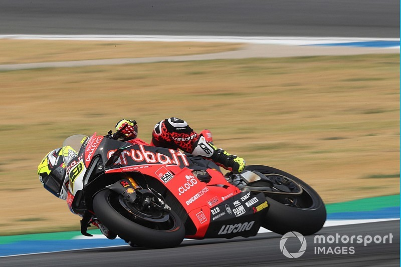 Buriram WSBK: Bautista wins after Rea clash