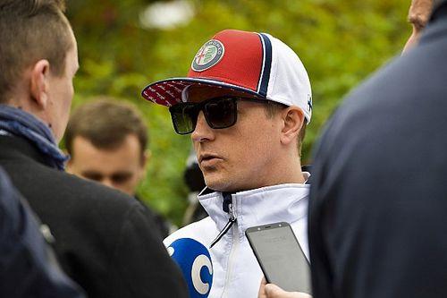 Raikkönen: Nyilvánvalóan egyikőtök sem vezetett még autót…