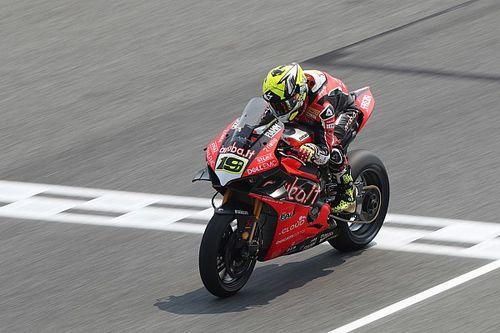 SBK, Buriram: Bautista fa poker con la Ducati e batte Rea in Gara 1