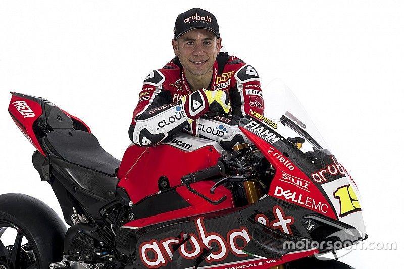 """Bautista et la Ducati V4 R doivent """"encore progresser"""""""