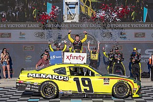 Brandon Jones takes Phoenix Xfinity win in JGR 1-2-3