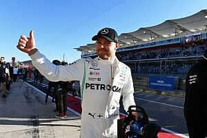 Bottas apura sus opciones y sorprende con la pole en Austin