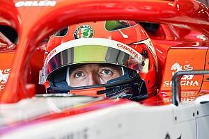 Kubica: Csak pozitív kommenteket írjatok Giovinazziról, főleg a hajáról!