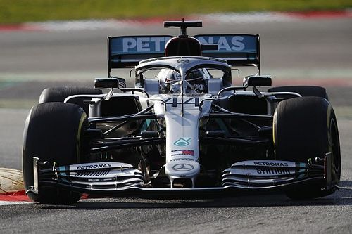 Test Barcellona, Day 1: Mercedes ruggisce. Ferrari si nasconde