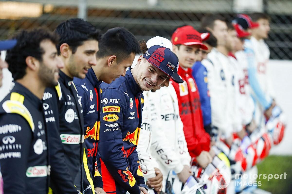 Il Mondiale di F1 riparte: è virtuale e con piloti ufficiali!
