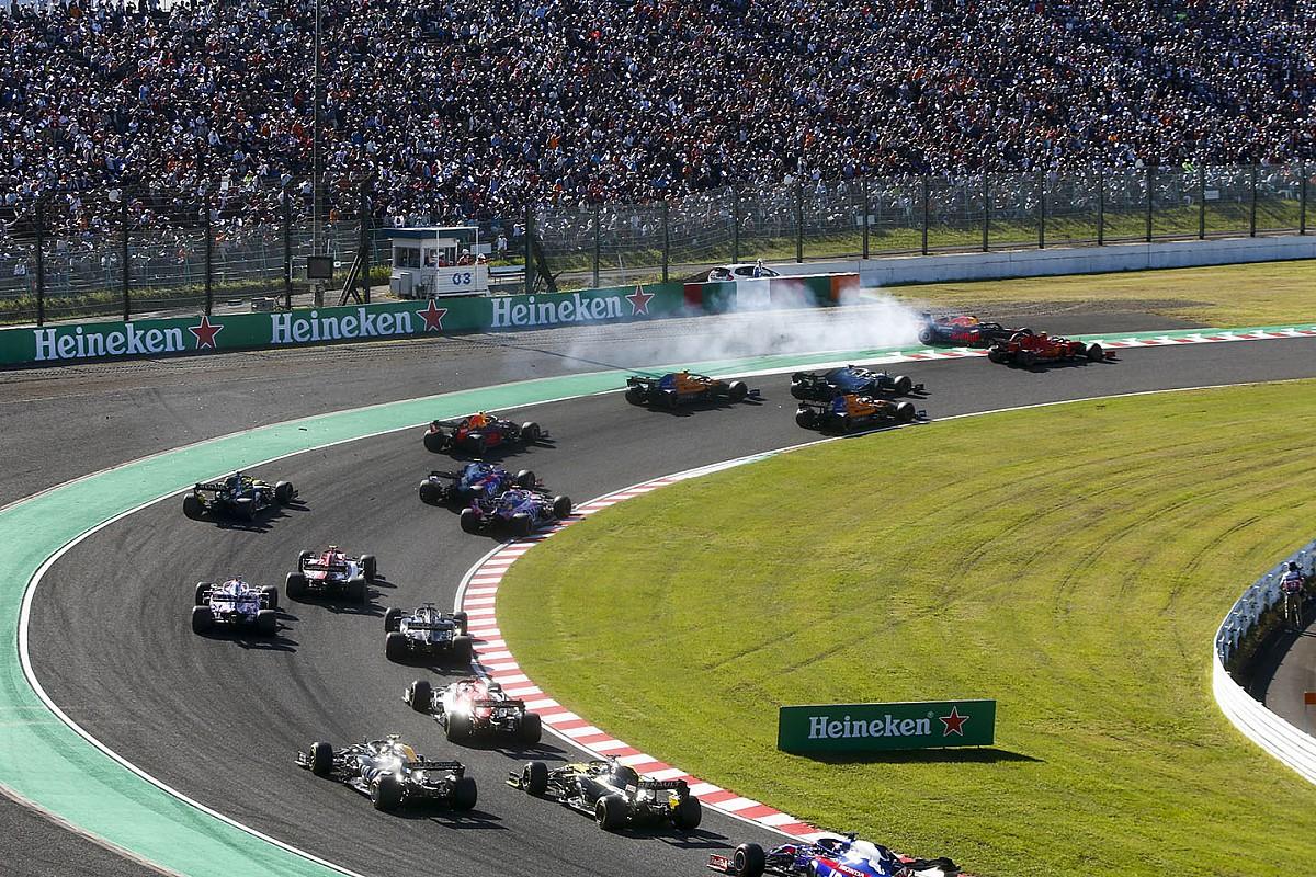 Verstappen: Nevetséges, hogy nem büntették meg rögtön Leclerc-t