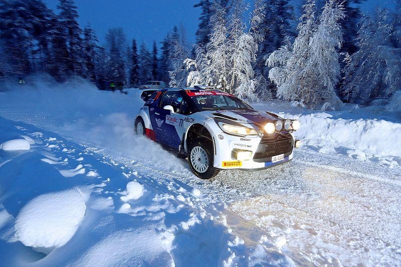 Bottas finaliza noveno en el Arctic Lapland Rally