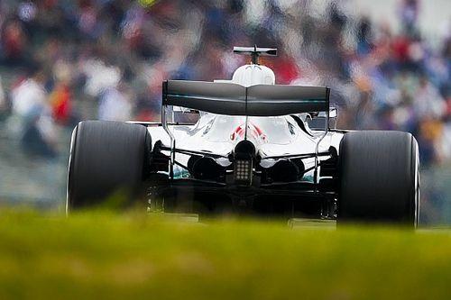 Hamilton elképesztő idővel nyerte az FP2-t Japánban, 0.8 másodpercet adott Vettelnek