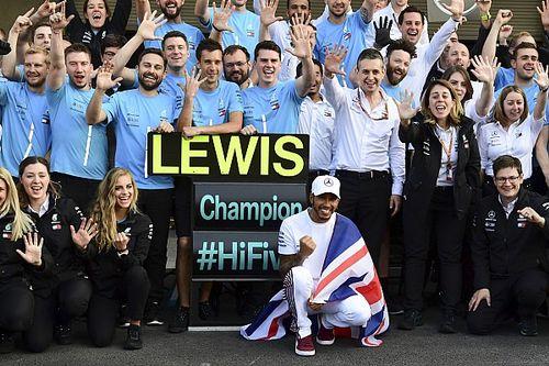"""Hamilton dice que Schumacher """"aún está muy por delante"""""""