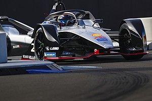 フォーミュラE開幕前テスト初日、BMWの新人シムズがトップタイム