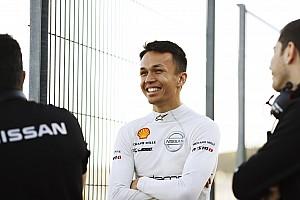 Caso Albon: come mai il pilota Toro Rosso è ancora nella lista della FE con Nissan?