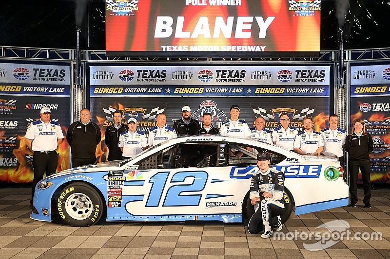 Ryan Blaney centra la pole in Texas in una Qualifica dominata dalle Ford