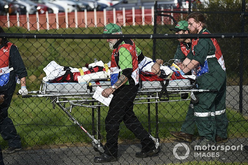Crutchlow, operado con éxito de la pierna derecha, regresará a casa el domingo