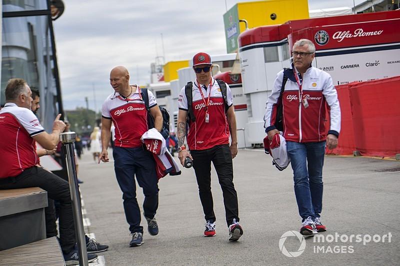 Kimi Räikkönen vérbeli kigyúrt spártai lett