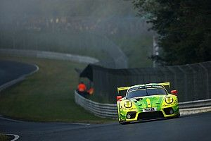 24 Ore del Nurburgring: la Porsche #911 del team Manthey ha perso il secondo posto