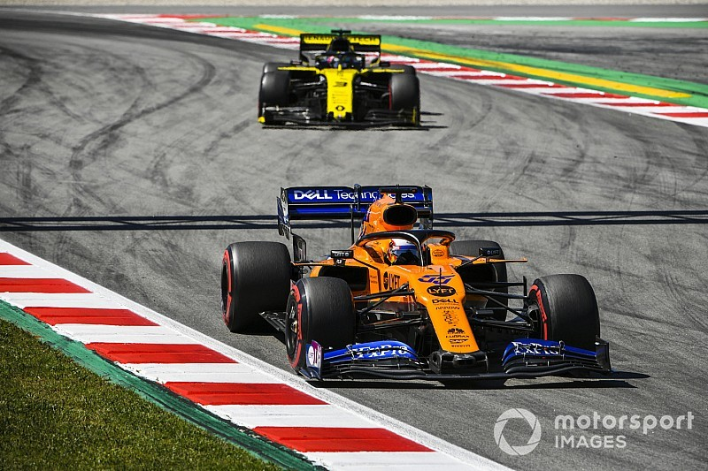 Sainz et McLaren sans rythme... mais dans les points!