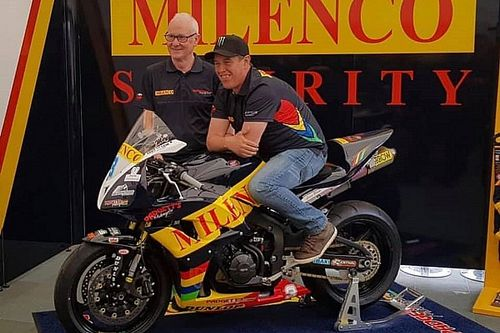TT 2019: John McGuinness completa la line up del team Padgett's per la Supersport