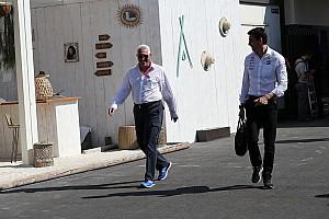 Wolff csak nevetett a pletykákon, üzleti célból fektet az Aston Martinba