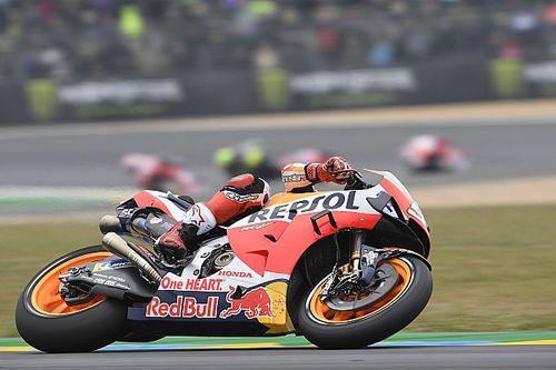 Kolejne pole position Marqueza, Rossi 18