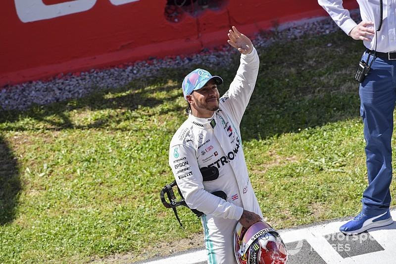 """Hamilton: """"Con gli aggiornamenti abbiamo aumentato il margine sulla Ferrari"""""""