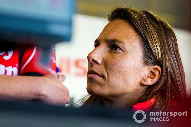Triple Eight could scale back as de Silvestro talks stall