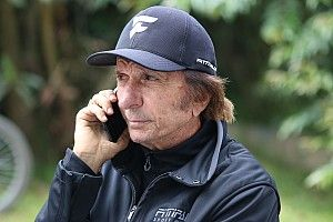 """Fittipaldi: """"Lo más importante es tener amor y pasión por el deporte"""""""